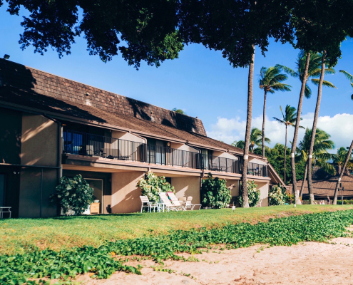 beachfront condos in maui